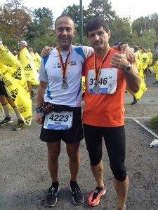 La Maratonul de la Berlin, in 2013, alaturi de un prieten
