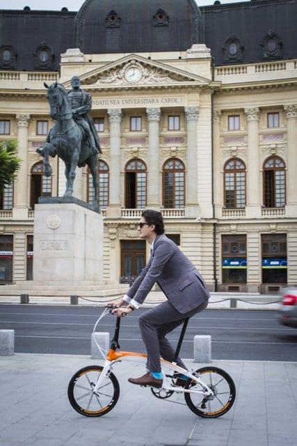 Sfaturi pentru ținuta business pe bicicletă