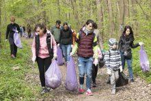 Ecologizare marca Băneasa Trail Run: pădurea a scăpat de 15.000 de litri de deșeuri
