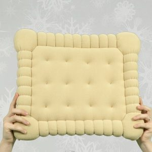 http://inspirel.ro/produs/pernuta-biscuit/