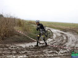 la competitia de mountainbike Cursa Dunarii Calarasene